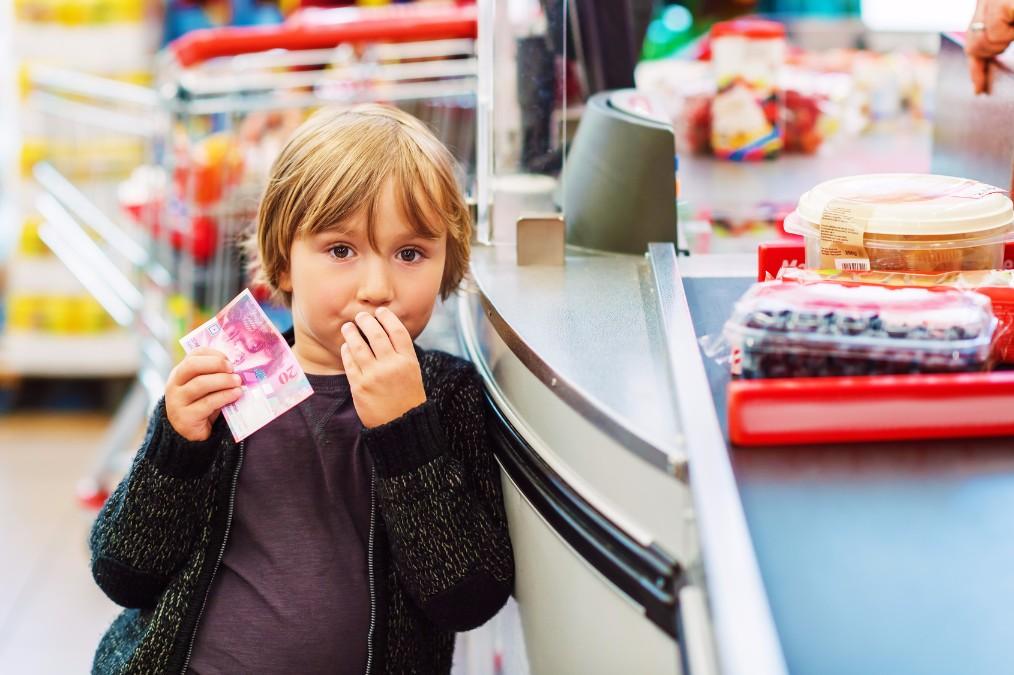 未払い商品食べてもいいの?フランスのスーパーに行ってみた