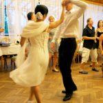 チェコ人は、何歳になっても恋をする!結婚式は、飲んで踊って喋ってが夜まで続く