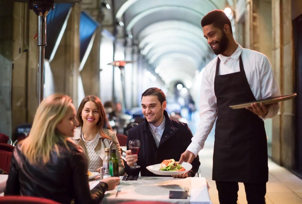スペイン語&カタルーニャ語でのレストラン会話